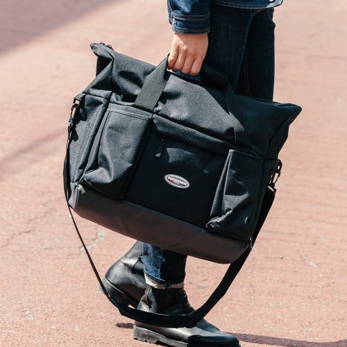 R RUBBER LABEL BOSTON BAG (BLACK)