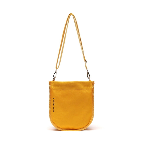 [#아울렛 한정_특가상품]HALF MOON MINI CROSS BAG (MUSTARD)