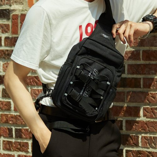 RDR 3D MATRIX SLING BAG (BLACK)
