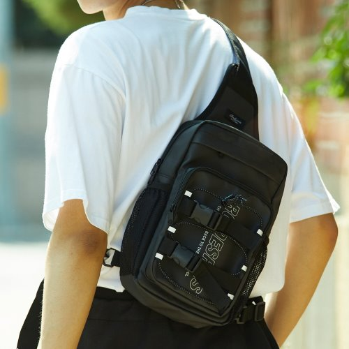 RDR 3D MATRIX SLING BAG (JET BLACK)